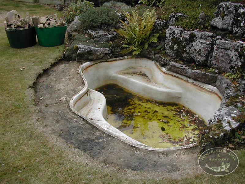 Pond restoration maintenance ross charman horsham for Pond maintenance